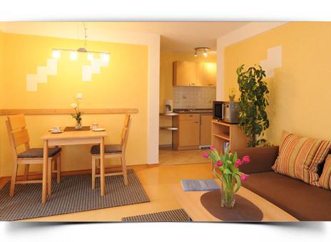 ferienwohnung staffelberg f r 2 personen uetzing. Black Bedroom Furniture Sets. Home Design Ideas